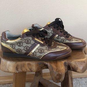 Like new Michael Kors sneakers 5 1/2
